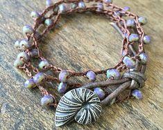 Cobalt Blue Stretch Bracelet Rustic Silver por TwoSilverSisters