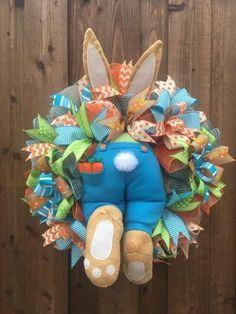 ideas for front door hangers ideas easter bunny Diy Spring Wreath, Diy Wreath, Burlap Wreath, Deco Mesh Wreaths, Easter Wreaths, Easter Crafts, Easter Bunny, Decoration, Etsy