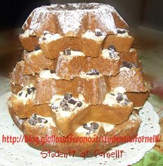 Pandoro con crema al mascarpone e cioccolato fondente | Ricetta Natale