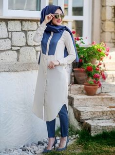 Linen gowns topped Maxim - Blue - Minel Ask Modesty Fashion, Abaya Fashion, Women's Fashion Dresses, Islamic Fashion, Muslim Fashion, Hijab Dress, Hijab Outfit, Moslem, Moda Formal
