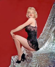 Marilyn Monroe  Photo by John Florea