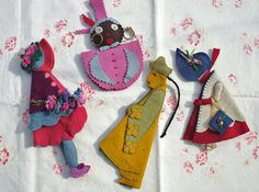 Vintage felt needle cases by the vintage cottage
