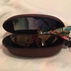 b5bfbf8fa3c0 Authentic Maui Jim Surf Rider sunglasses Maui Jim Surf Rider MJ261 tortoise  shell polarized sunglasses.