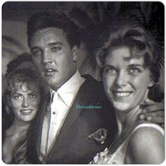 Sunday afternoon July 30, 1961 , Elvis appeared in... - Elvis never left