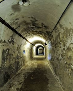 Tunnel // Montecchio's Fortress  #365smiles #day114 #travel #traveling #TagsForLikes #visiting #instatravel #instago #instagood #fun #travelling #tourism #tourist #instatraveling #mytravelgram #travelgram #travelingram #art #beautiful #masterpiece #lombardy #italy #photo #photos #pic #pics #picture #pictures #capture #moment by crisshex88