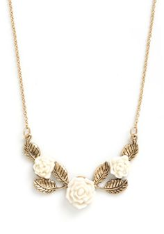 Beauty Garland Necklace - Flower, Gold, White, Fairytale