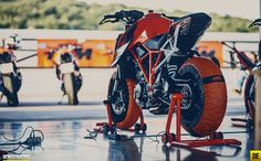 KTM-1290-superduke-r-11