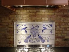 Last summer I painted these tiles for our kitchen... Inspired by a spanish decoration.