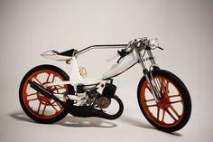 1978 Motobecane Moped customized by Jarrett Petty Ducati Pipeburn - Purveyors of Classic Motorcycles, Cafe Racers & Custom motorbikes MSS Vintage Moped, Vintage Motorcycles, Cars And Motorcycles, Triumph Motorcycles, Custom Motorcycles, Custom Moped, Custom Bikes, Peugeot, Ducati Pantah