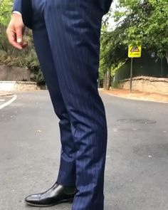Mens italy is a unique and leading shop to purchase all apparel that suits your style. Buy a suit online Italian suits, caravelli suits, tuxedo suits from our Store. Men's Suits, Mens Casual Suits, Mens Fashion Suits, Best Suits For Men, Suit For Men, Terno Slim Fit, Suit Combinations, Designer Suits For Men, Pinstripe Suit