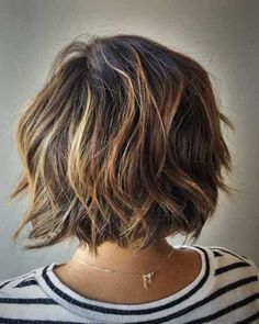 Chic wavy Bob hairstyles for ladies Peinados de Bob 0 Mar 2018 Bob Hairstyles 0 The type of wavy, voluminous and attractive hair is one of the most popular hair styles of many women. Layered Bob Hairstyles, Short Hairstyles For Women, Straight Hairstyles, Ladies Hairstyles, Teenage Hairstyles, Chic Hairstyles, Bob Haircuts, Hairstyle Ideas, Hair Ideas