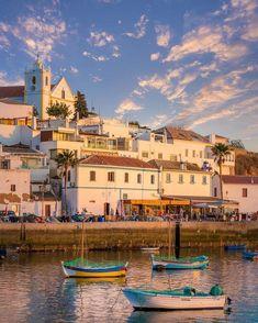 Ferragudo, Faro, Portugal