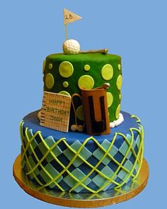 I personally find golf a little more exciting then watching paint dry and of COURSE I live in one of the foremost golf capitals in the state lol...but I DO love this cake :)