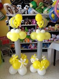 bumble bee centerpieces for first year boy - Google Search Baby Shower Balloons, Baby Shower Parties, Baby Shower Themes, Baby Boy Shower, Baby Shower Decorations, Shower Ideas, Balloon Tower, Balloon Columns, Balloon Centerpieces