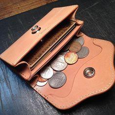 JHM coin&card case. お札も折れば入ります #leatherwork #madeinjapan #ハンドメイド #coincase #cardcase #コインケース #カードケース #leathercraft #レザークラフト #handmade