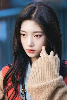 Beautiful Asian Girl Part 62 - Visit to See Kpop Girl Groups, Korean Girl Groups, Kpop Girls, Korean Beauty, Asian Beauty, Kim Chungha, Jung Chaeyeon, Korean Celebrities, Celebs