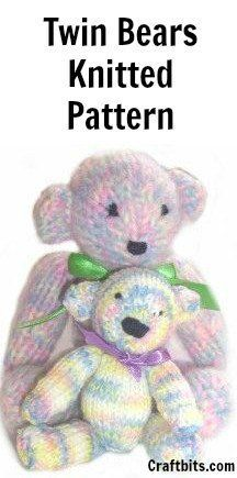 knitted-twin-bears
