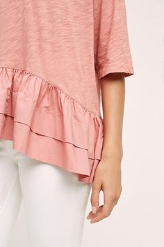 Juxtaposition of textures slub knit and sateen woven Spring Summer Fashion, Autumn Winter Fashion, Modest Fashion, Dress Me Up, Passion For Fashion, Dress To Impress, Shorts, What To Wear, Style Me