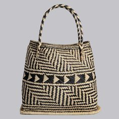 Zulu shopper from Design Afrika