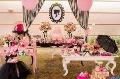 Hoje tem Festa Barbie!!Uma decoração linda e rica em detalhes.Imagens Nana Shara Coutinho.Lindas ideias e muita inspiração.Bjs, Fabíola Teles.Mais ideias lindas: Nana Shara CoutinhoDecor e per...