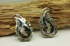 Vintage Nielloware Siam Thailand Sterling Silver Clip Earrings Black Niello by WoodrowsWhatnots on Etsy