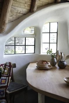 Maison Earthship, Earthship Home, Architecture Design, Light Architecture, Sustainable Architecture, Contemporary Architecture, Residential Architecture, Pavilion Architecture, Contemporary Interior
