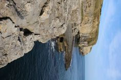 A 5.5 mile circular walk to Dancing Ledge from Durlston Country Park in Swanage – a stunning coastal walk on the Isle of Purbeck in Dorset! #swanage #dorset #england