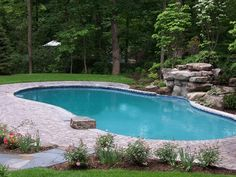 This is what I am talking about.  I think it could be done with a vinyl liner pool.