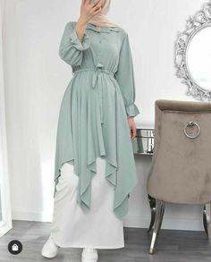 Stylish Hijab, Modest Fashion Hijab, Modern Hijab Fashion, Muslim Women Fashion, Hijab Fashion Inspiration, Abaya Fashion, Stylish Dresses, Fashion Dresses, Mode Abaya