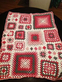 Ravelry: Project Gallery for Shabby Chic Granny Square Throw pattern by Leonie Morgan