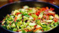 Főnix Konyha: töltött pite – 2017. március 12. Kung Pao Chicken, Ethnic Recipes, Food, Essen, Meals, Yemek, Eten