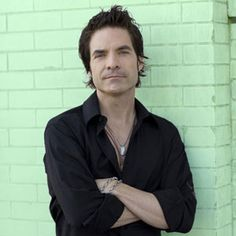 "Pat Monahan-TRAIN ...I just love his voice...love ""Marry Me"" with Martina..."