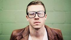macklemore pictures   Macklemore knackt die Top 10 - SRF 3 Hitparade - Sendungen - Schweizer ...