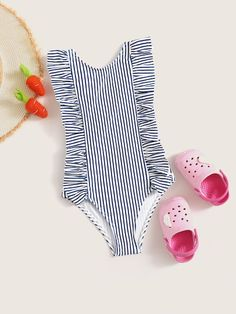 To find out about the Toddler Girls Ruffle Trim Striped One Piece Swim at SHEIN, part of our latest Toddler Girl Swimwear ready to shop online today! Swimming Outfit, Swimming Costume, Kids Outfits, Sport Outfits, Baby Swimwear, Bandeau Swim Tops, Girls Bathing Suits, Striped One Piece, Cute Swimsuits