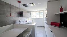 Cocina amueblada con el diseño MINOS-E Blanco seff de Santos