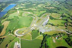 Circuit de Pau-Arnos - CD Sport  > https://www.cd-sport.com/circuit-stage-pilotage/pau-arnos/