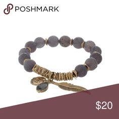 Stretchy beaded feather bracelet Stretchy beaded feather bracelet Jewelry Bracelets