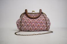 patron  couture de sac Vintage Marcel, Notions De Couture, Style Vintage, Bucket Bag, Sewing, Simple, Diy, Tutorial Sewing, Purse