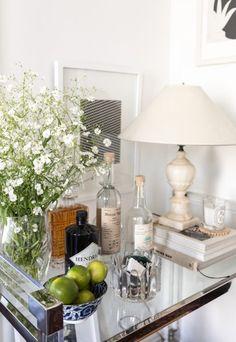 Wild and Unruly Blooms — Ashley Kane Window Display Retail, Retail Displays, Shop Displays, Merchandising Displays, Window Displays, Decor Interior Design, Interior Decorating, Hippie Stil, Retail Store Design