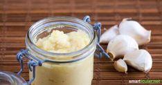 Haltbare Knoblauchpaste kannst du sehr leicht selber machen. Sie ist schnell zur Hand und spart beim Kochen das Schälen, Pressen oder Schneiden.