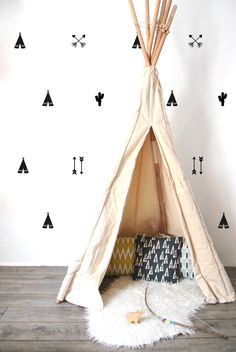 Add a touch of adventure to any children's bedroom or playroom with these monochrome wild west themed teepee wall transfers from PÖM Le Bonhomme. Black wall stickers in the shape of tipis. Baby Decor, Kids Decor, Nursery Room, Kids Bedroom, Themed Nursery, Boho Nursery, Nursery Prints, Nursery Decor, Bedroom Ideas