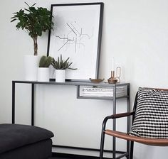 We continue IKEA topic, and today I'd like to share some desks. I love IKEA Vittsjo desks! Home Interior, Decor Interior Design, Interior Decorating, Design Bedroom, Bedroom Ideas, Ikea Vittsjo, My New Room, Interiores Design, Home And Living