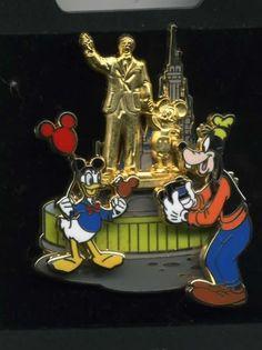 Trading pin: Partners pin, Donald/Goofy/Statue