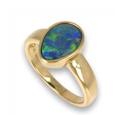 Tear shaped Yellow Gold Doublet Freeform Opal Ring