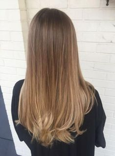 Are you looking for best hair colors to apply for long hair? Just see here, we have made a collection of fantastic long balayage colored hairstyles Brown Ombre Hair, Brown Hair Balayage, Brown Blonde Hair, Light Brown Hair, Brunette Hair, Hair Highlights, Caramel Balayage, Brunette Color, Bronde Hair