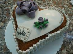 Compleanno 2014 torta a forma di cuore bianca e lilla - sweet lilac and white birthday cake