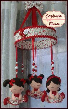 Mobile de berço bonecas