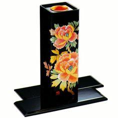 豪華な和風花瓶 (黒)隅切花生 手描き蒔絵「牡丹」 【会津の漆器屋】