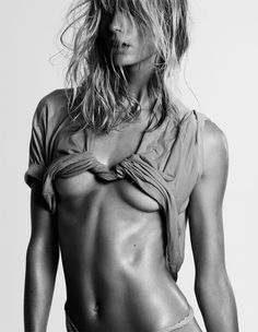 25 MAGAZINE ISSUE 03 MODEL / JULIA STEGNER PHOTOGRAPHER / CLAUDIA KNOEPFEL CREATIVE DIRECTOR / ANJA RUBIK