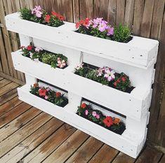 pallet herb planter idea #outdoorpallet